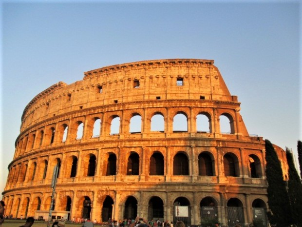 rome-colosseum-sunset