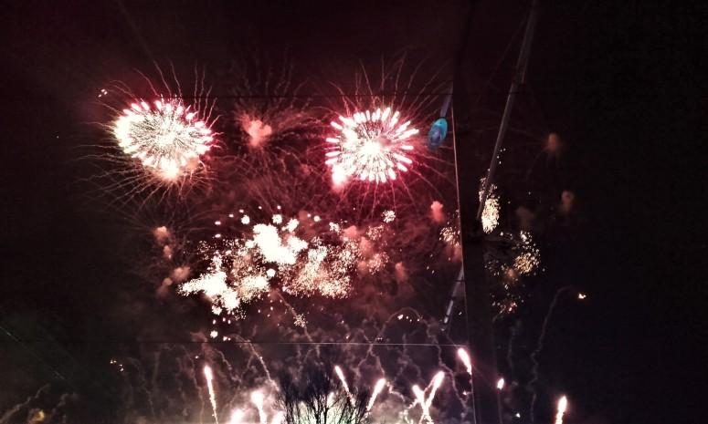 edinburgh-new-year-fireworks
