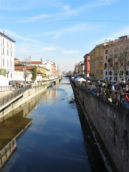 milan-antiques-market-canal