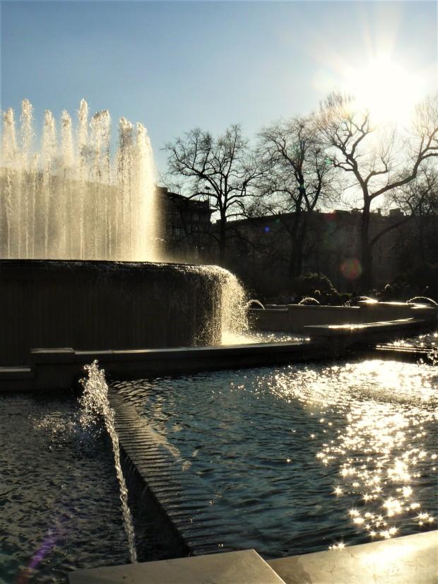 milan-castello-fountain-2