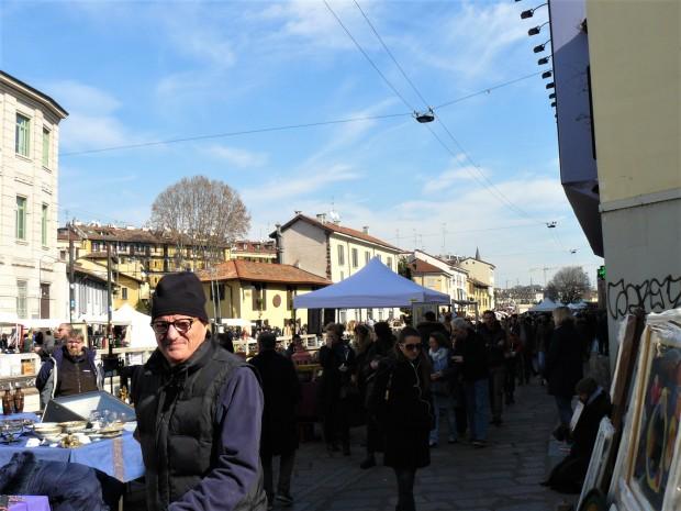 milan-market-happy-people