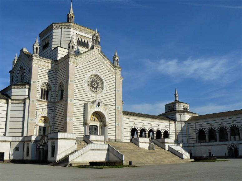 milan-monumental-cemetery-entrance