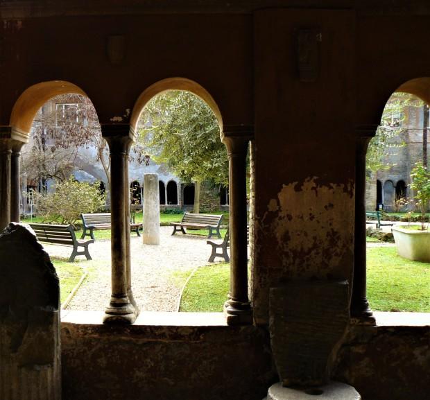 rome-chiesa-di-san-cosimato-ruins