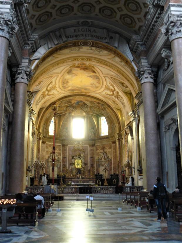 rome-inside-santa-maria-degli-angeli-e-dei-martiri