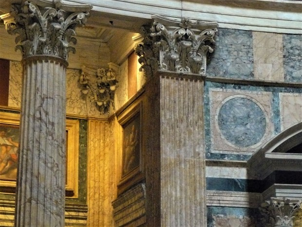 rome-pantheon-details
