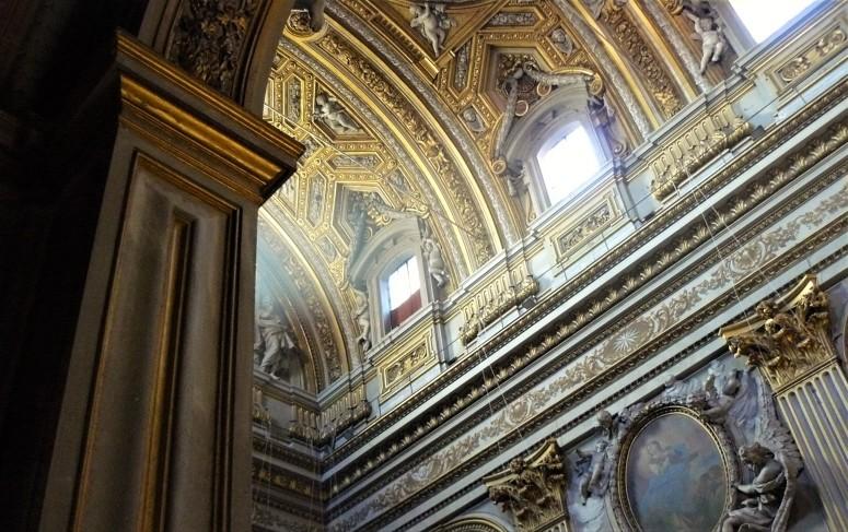 rome-parrocchia-santa-maria-in-vallicella-2