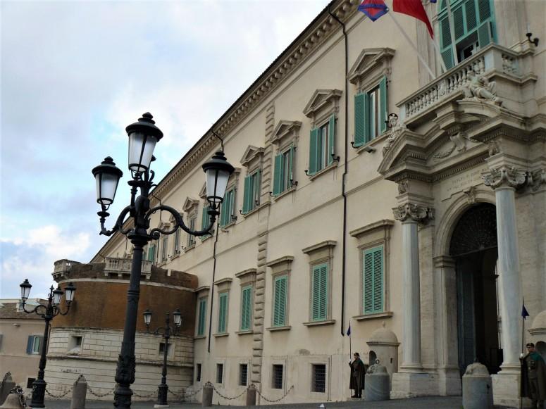 rome-piazza-del-quirinale