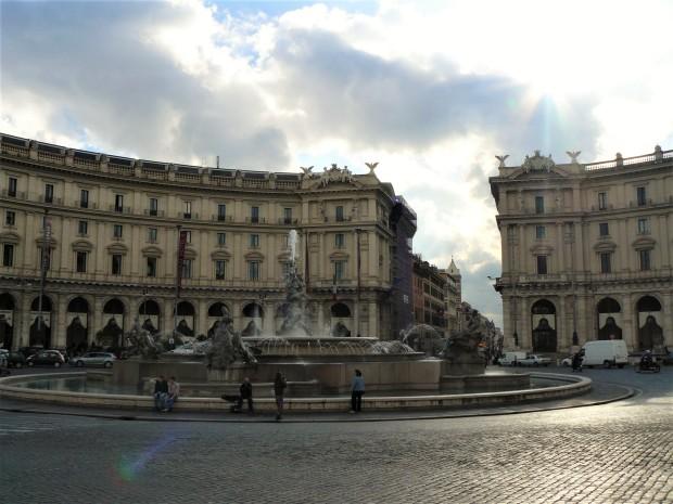 rome-piazza-della-republica