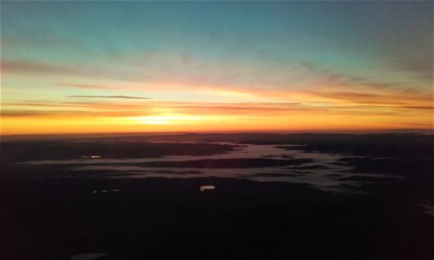 rome-sunrise-airplane