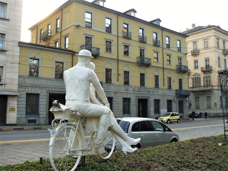 turin-giardino-lamamora-statue