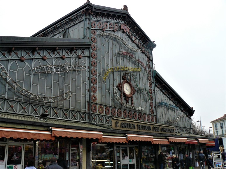 turin-indoor-market