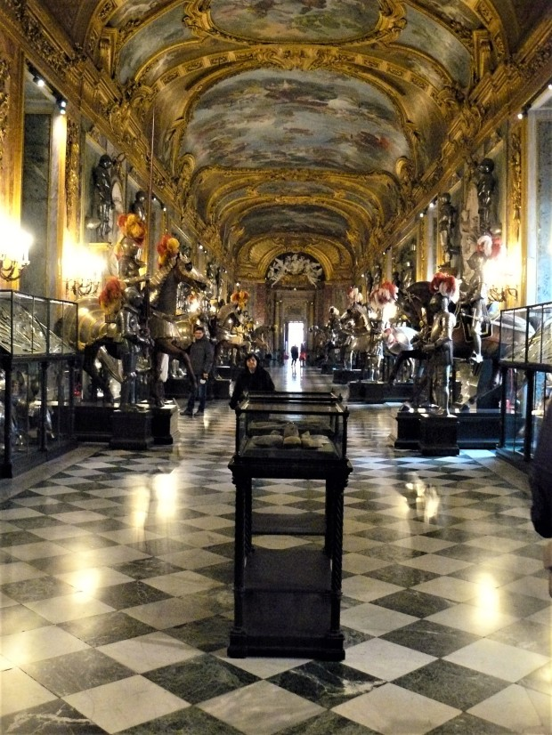 turin-palace-horse-room