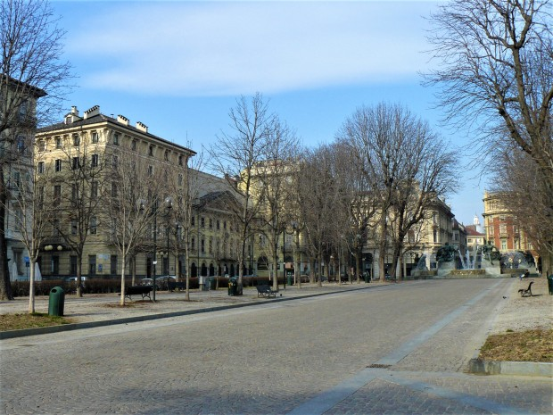 turin-piazza-solferino-2