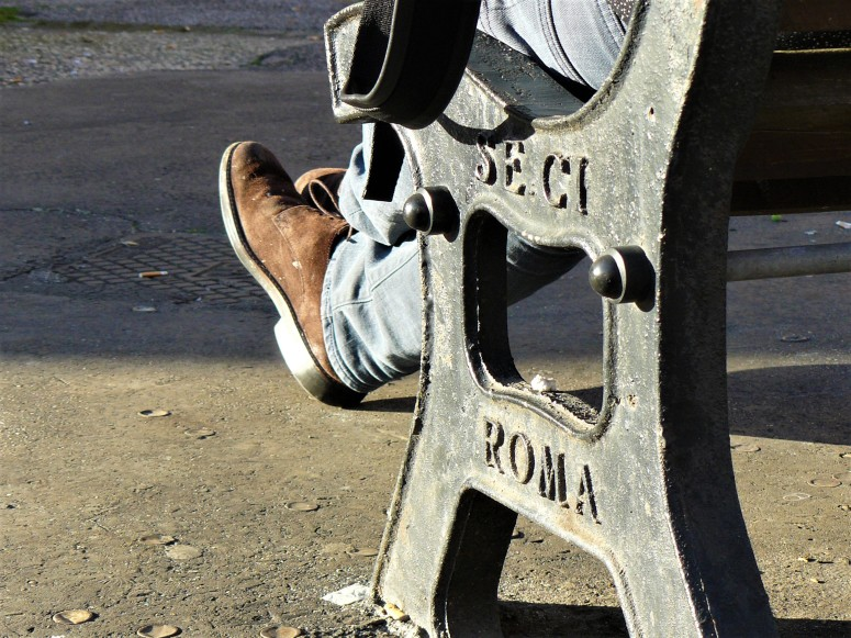 rome-relaxing-person