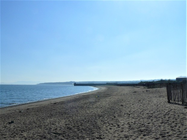 Kirkcaldy beach 3