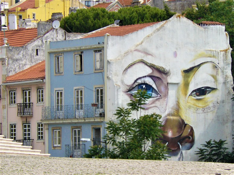 lisbon graffiti 8