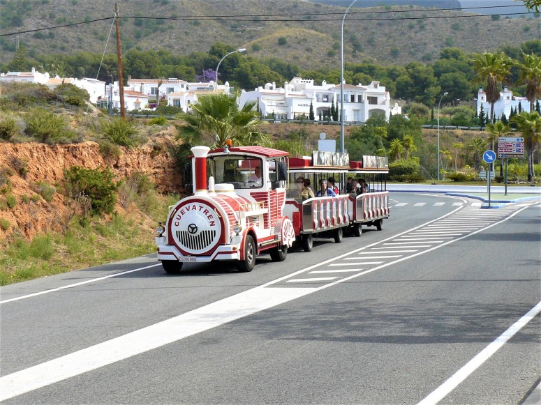 red nerja train