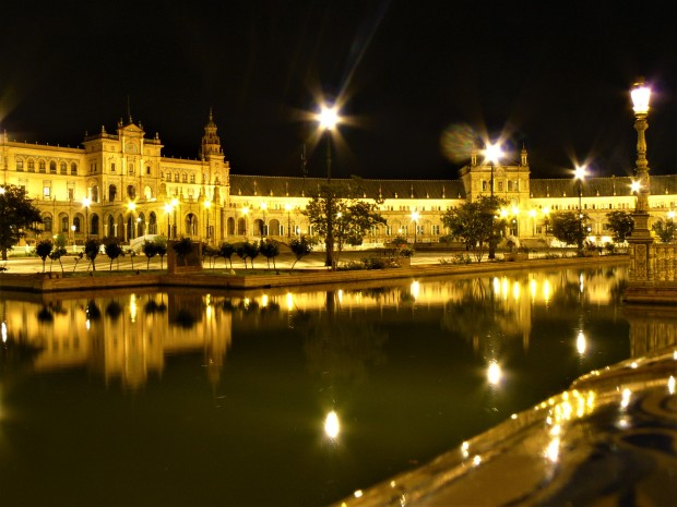 sevilla plaza de espana night 1