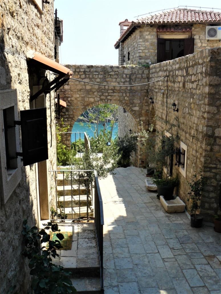 10 montenegro ulcinj town