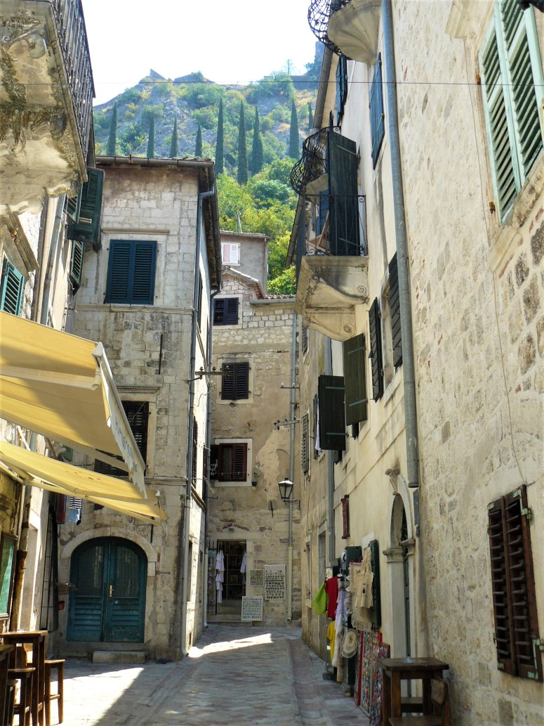4 montenegro kotor streets