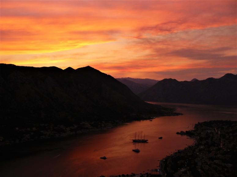 6 montenegro kotor sunset