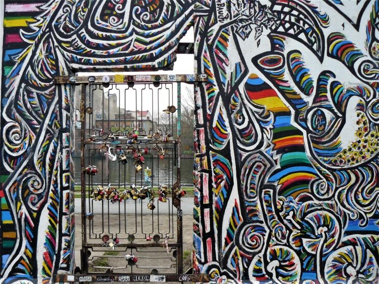 berlin east side gallery 6