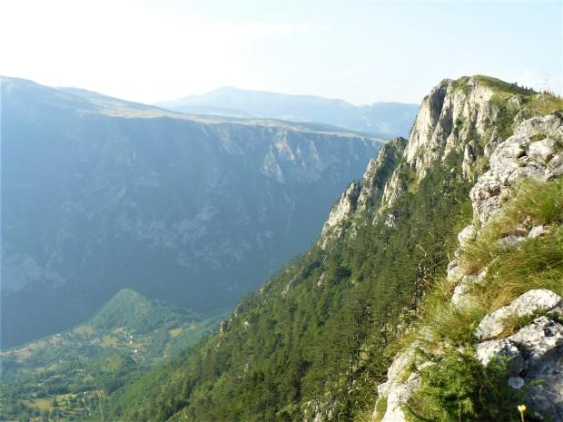 montenegro tara river canyon