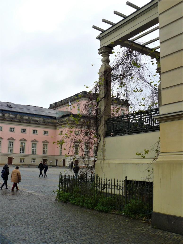 Bebelplatz 1