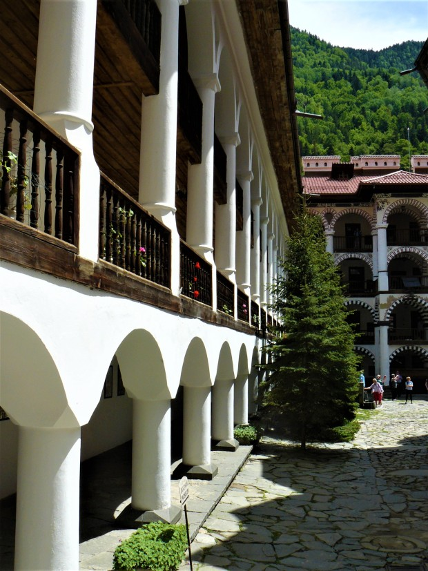 rila monastery bulgaria 10