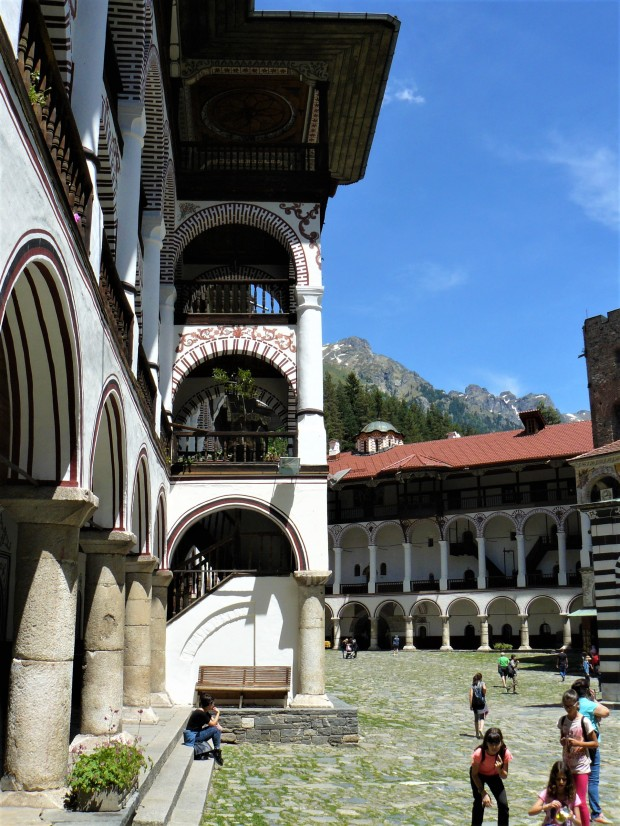 rila monastery bulgaria 3