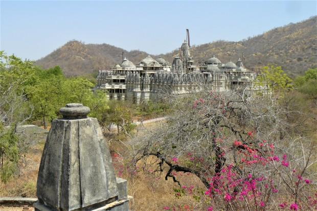 ranakpur temple outside