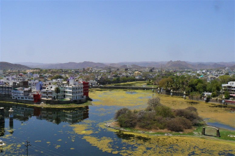 udaipur lake 1