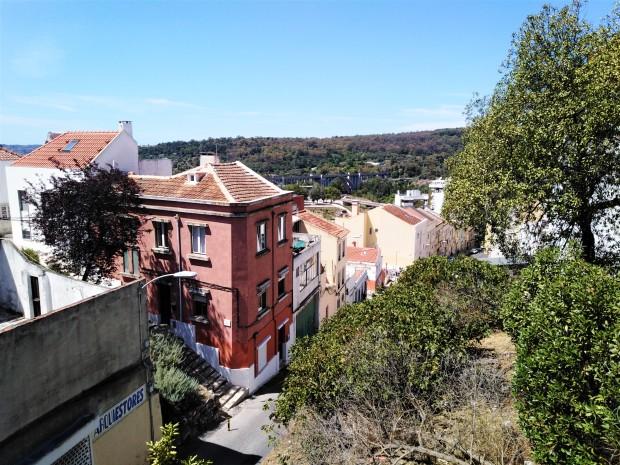 lisbon walk to aqueduct 5
