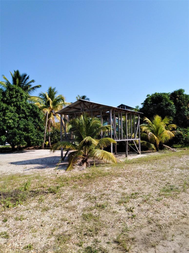 Belize Hopkins Cycle 4