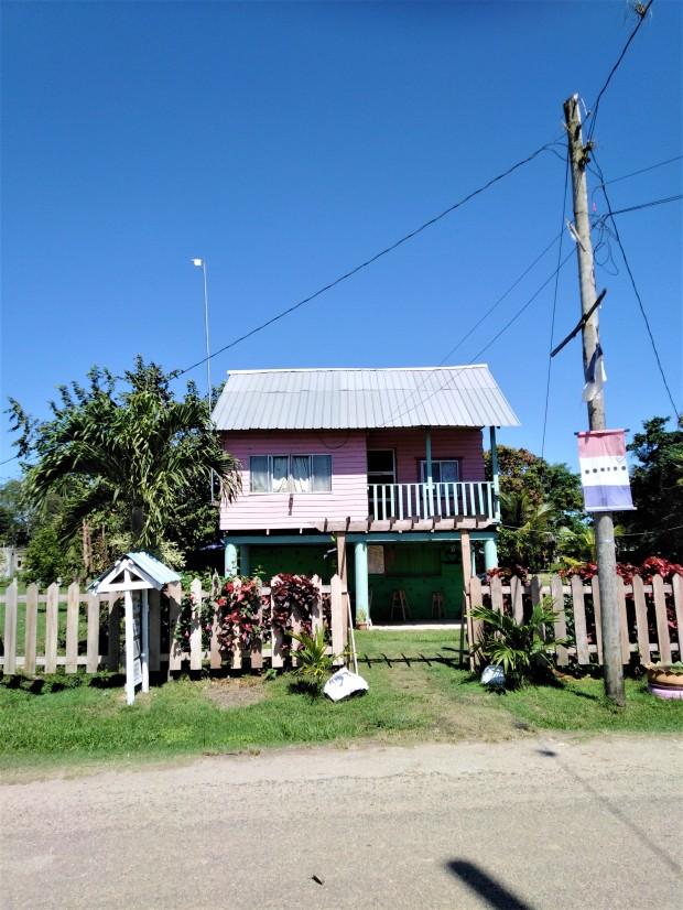 Belize San Ignacio Carmelita Gardens 7