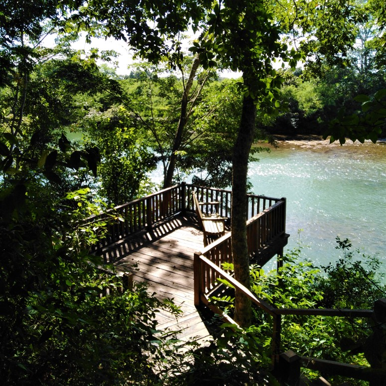 Belize San Ignacio Carmelita Gardens 8