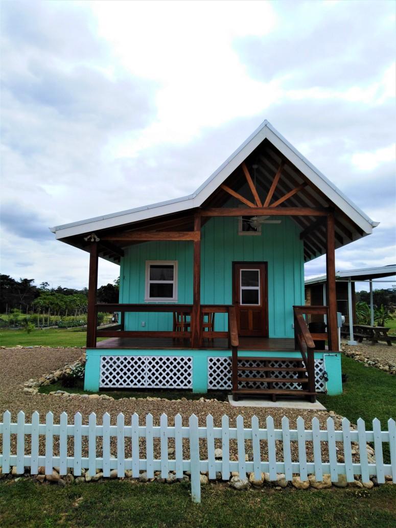 Belize San Ignacio Carmelita Gardens 9