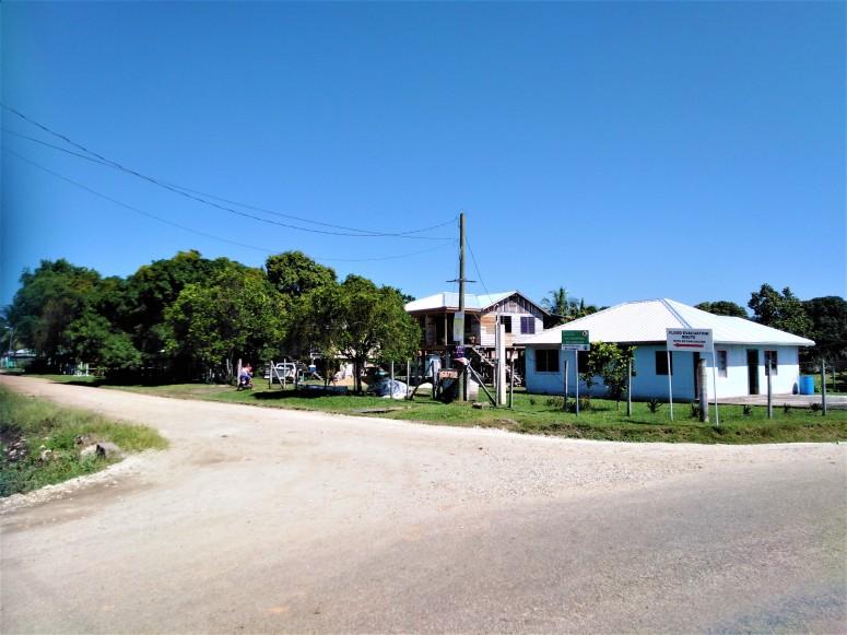 Belize San Ignacio Santa Familia 6