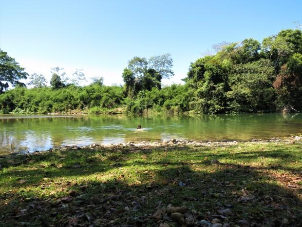Belize San Ignacio River Me 2